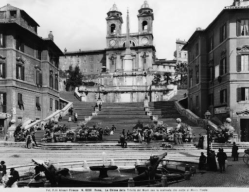 piazzadispagnaalinari-1633253918.jpeg